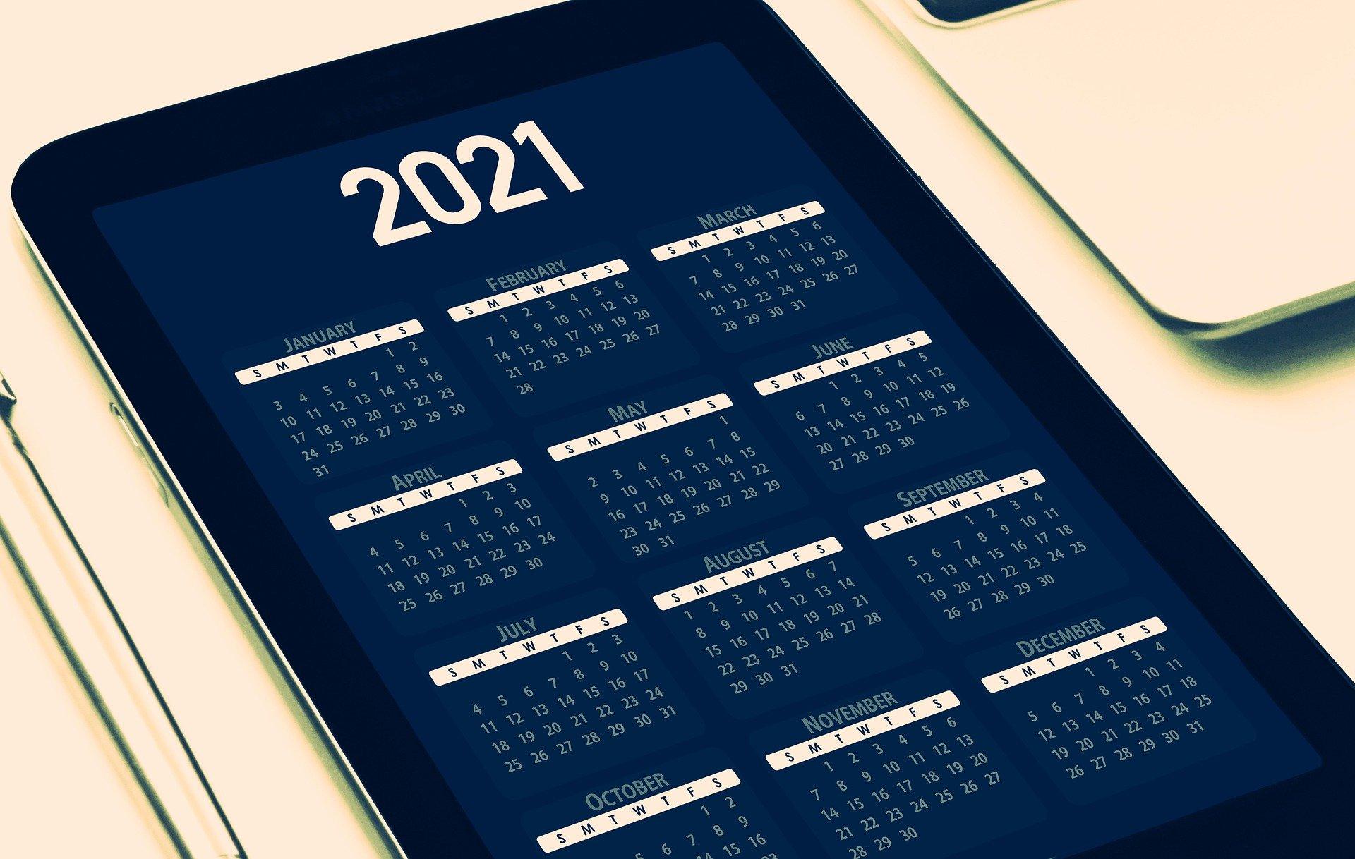 calendar-5886860_1920